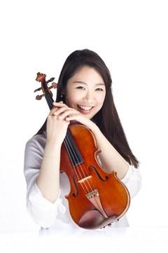 ヴァイオリニスト:小林美樹 写真