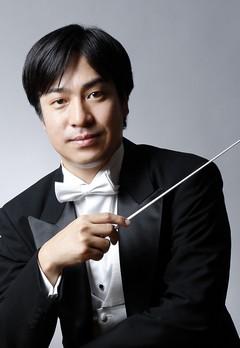 指揮者:井田勝大 写真