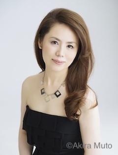 ピアノ 田部京子 写真